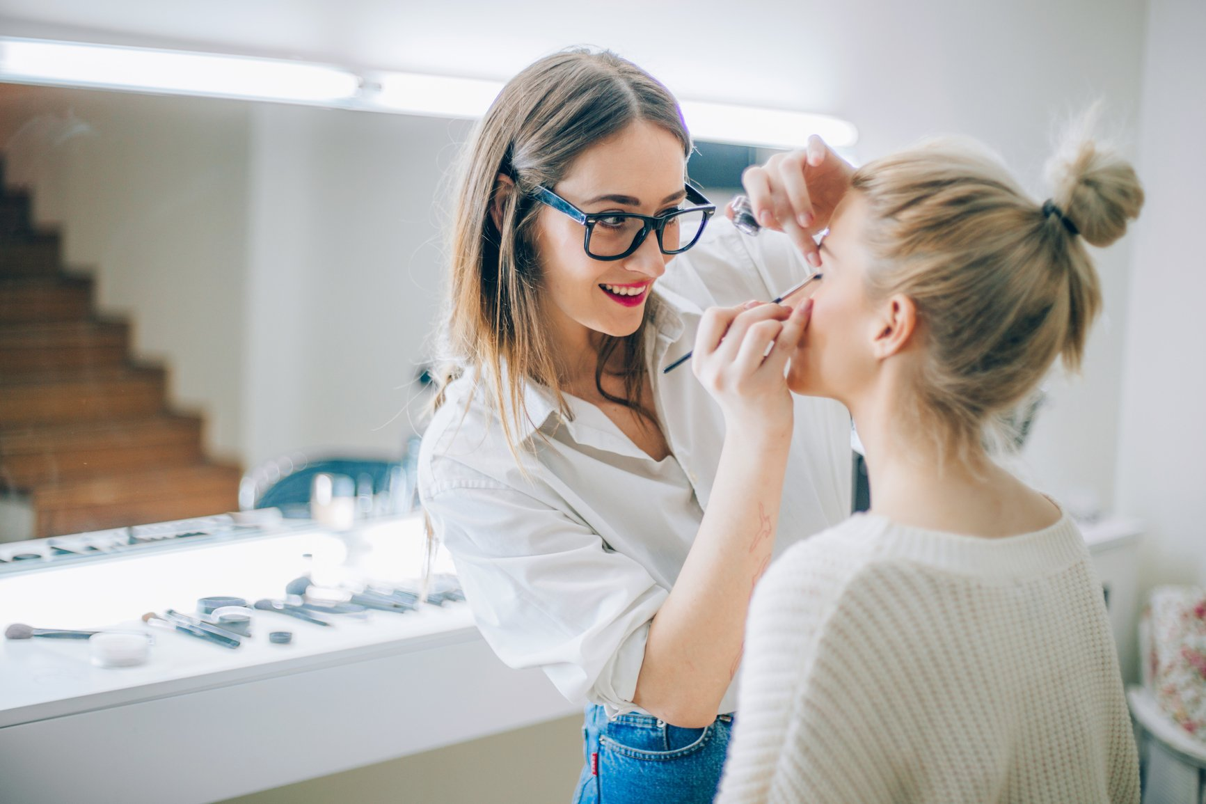 Should-I-Hire-a-Salon-Assistant?.jpg