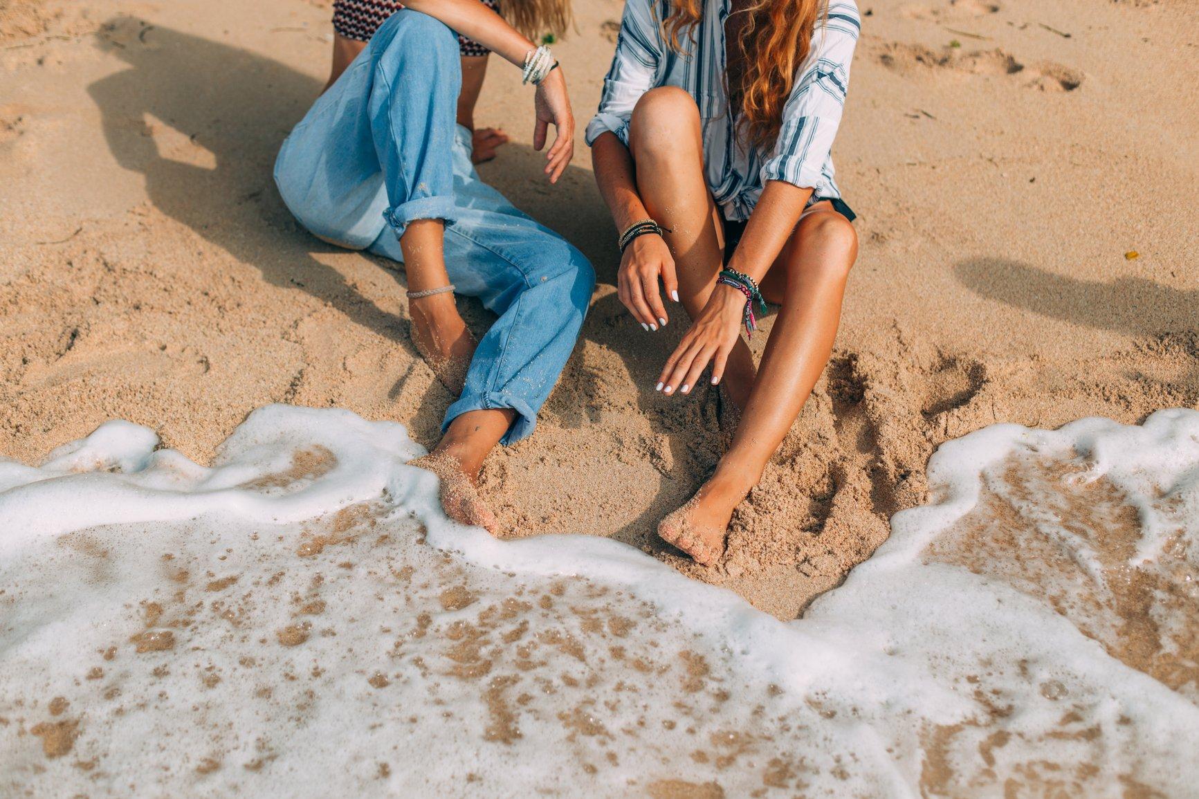 sunscreen-tan-beach.jpg